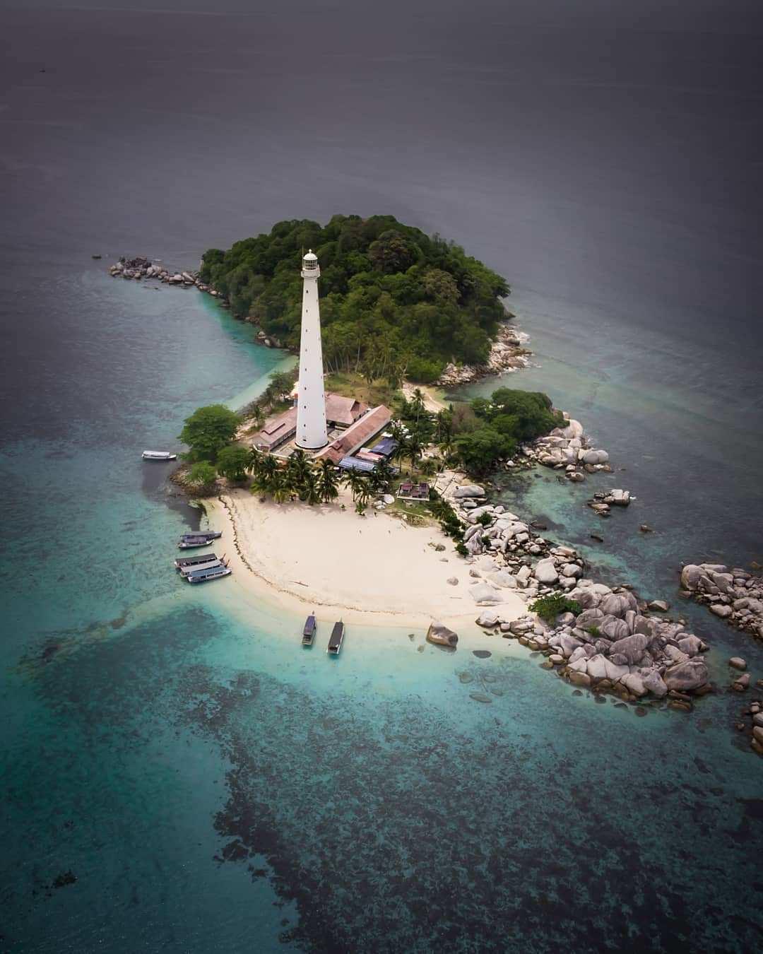Gambar Pulau Lengkuas Dari Ketinggian, Images From @rahaps_