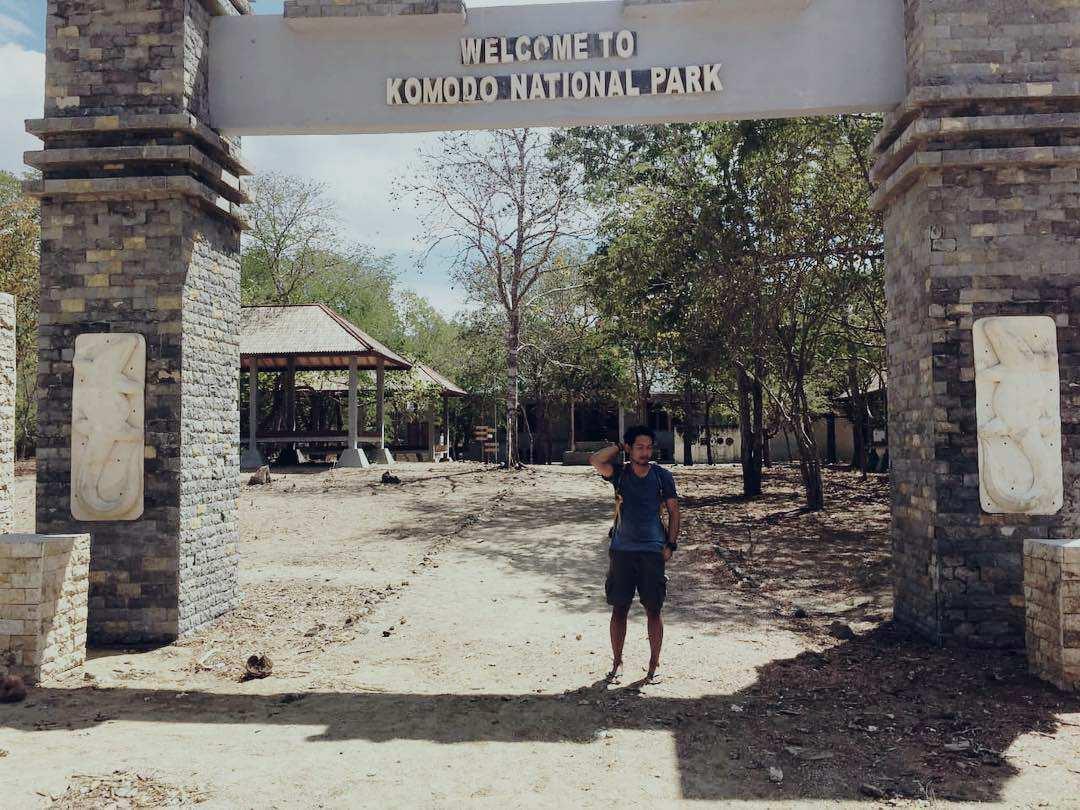 Gerbang Taman Nasional Pulau Komodo, Images From @fauzirizkim