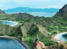 Pulau Komodo dari Atas Bukit, Images From @ferdinandrau