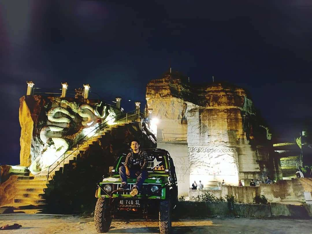 Suasana Menjelang Malam Tebing Bereksi Jogja, Images From @adhitya_panji17