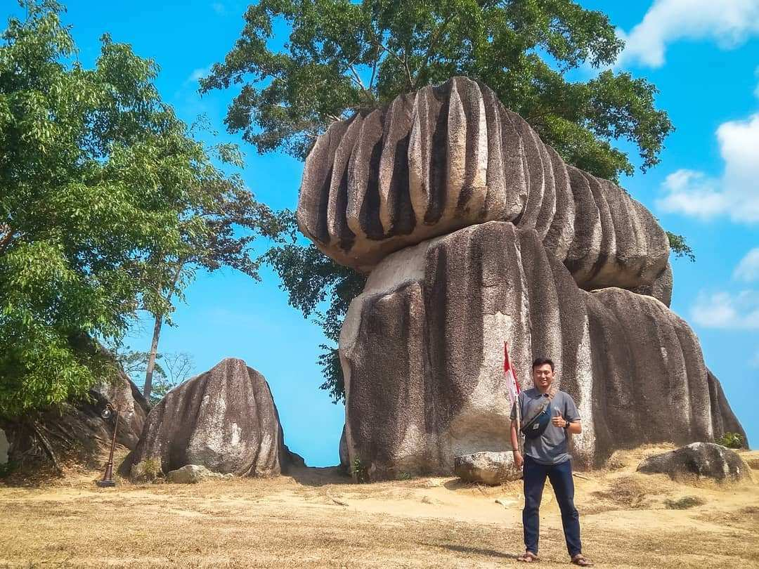 Berfoto di Batu Belimbing, Image From @fadhil_izdihar