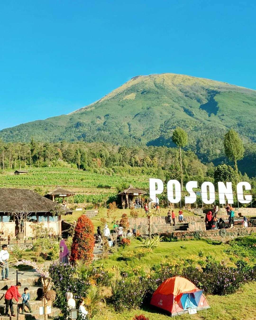 Keramaian Wisatawan Di Wisata Alam Posong, Image From @noermalitatiwi