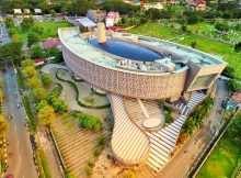 Museum Tsunami Aceh Dilihat Dari Atas, Image From @dhonyzr