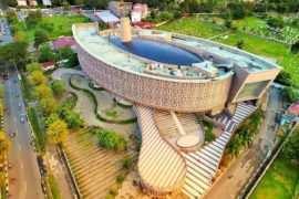 Museum Tsunami Aceh Dilihat Dari Atas Image From @dhonyzr 270x180
