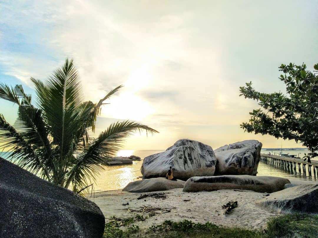 Pemandangan Pantai Batu Perahu Image From @utamanova
