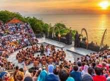 Pertunjukan Tari Kecak di Uluwatu Temple, Image From@novemlawalata
