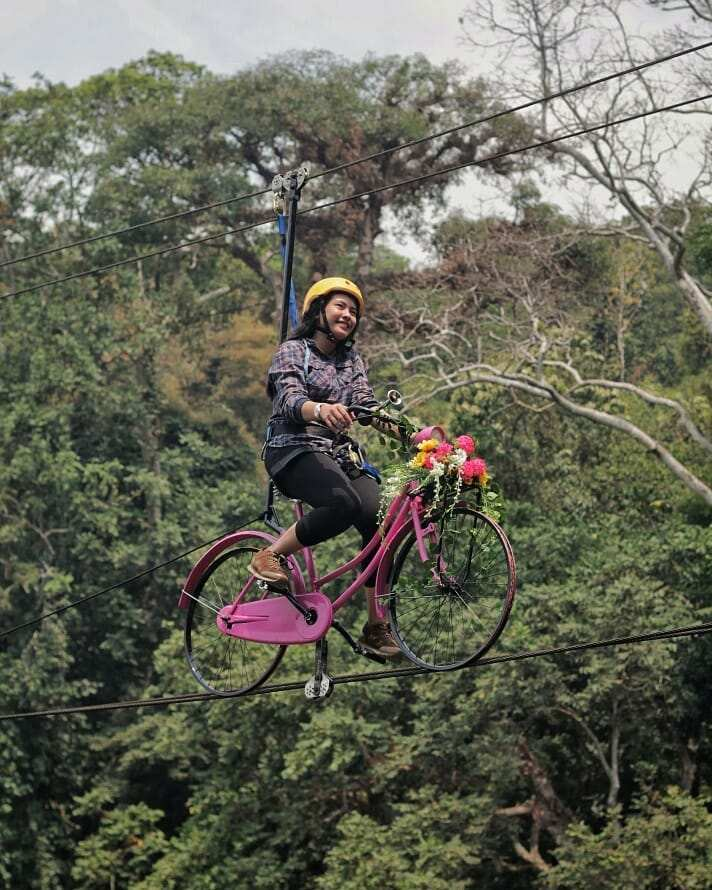 Wahana Gantung di Situ Cipanten, Image From @situcipanten_mjlk
