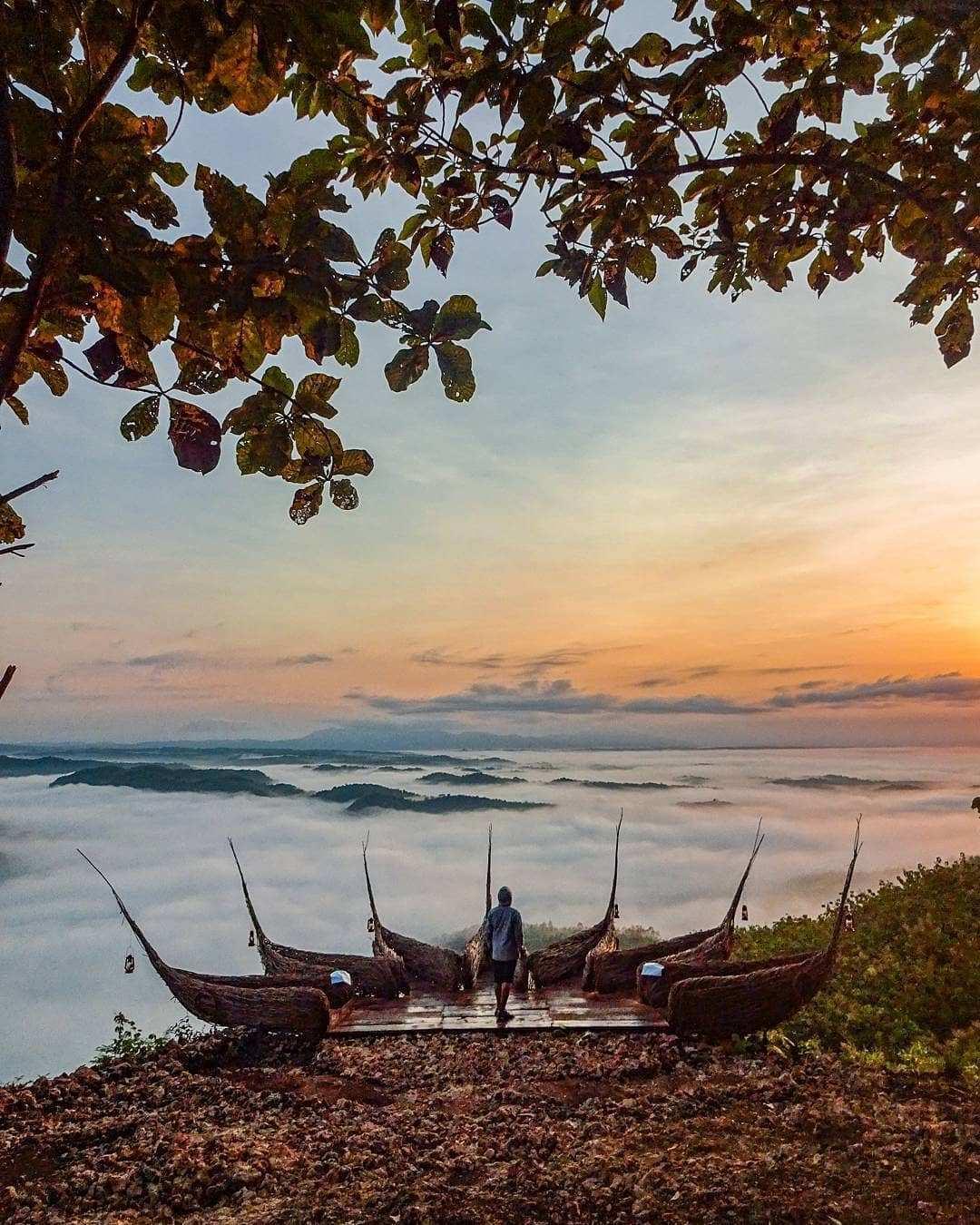 Obejek Foto Hasta Apsari di Watu Payung, Image From @anwarrwae