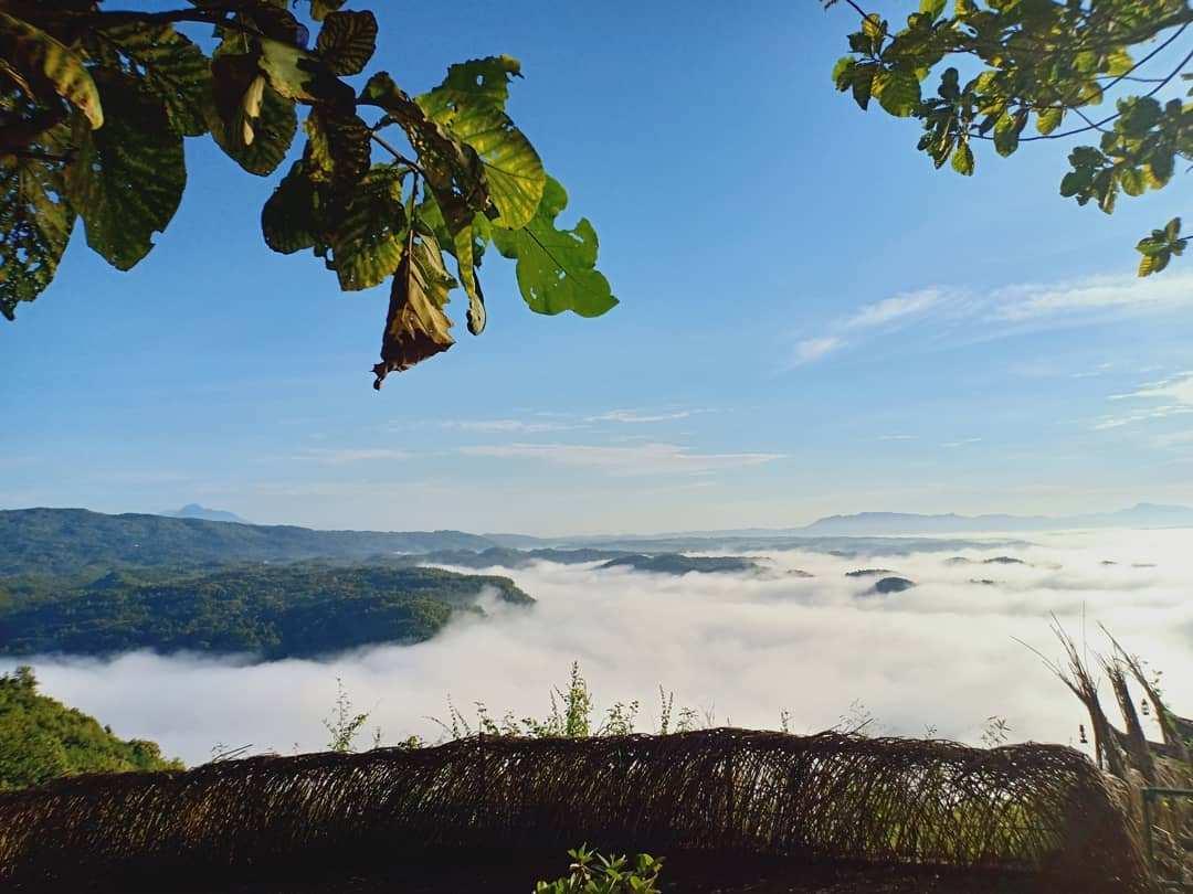 Pemandangan di Watu Payung Gunungkidul, Image From @metaseptianaa