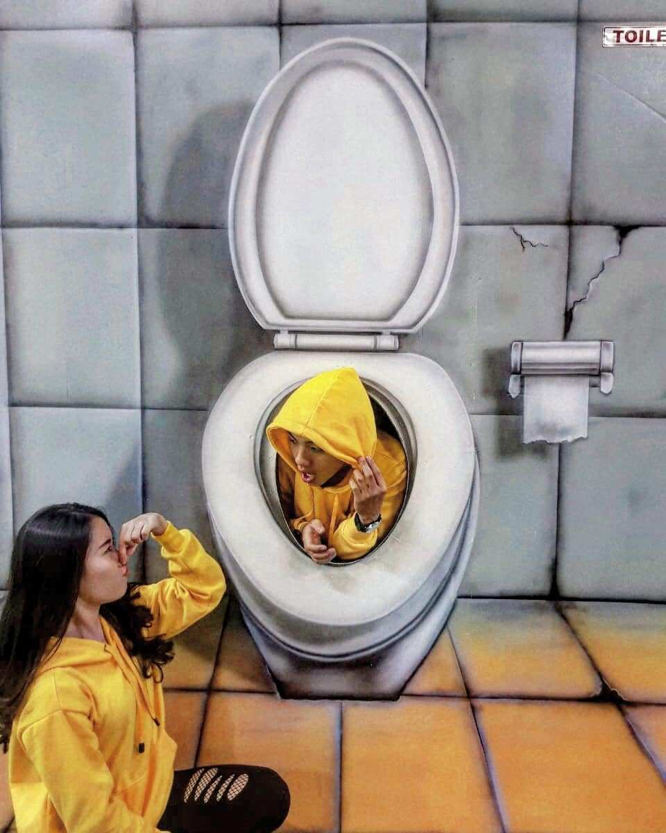 Spot Foto Toilet di The Illusion Bogor Image From @sgagandhi