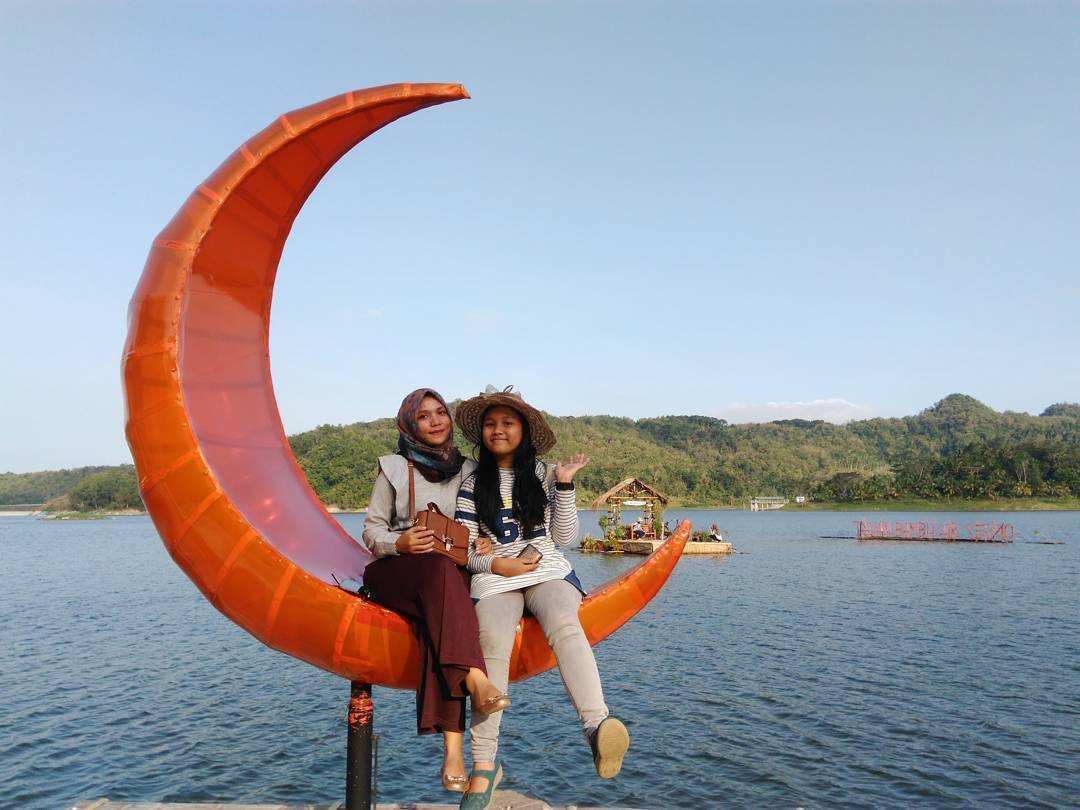 Spot Foto di Taman Bambu Air Waduk Sermo Kulon Progo, Image From @efera_silvia