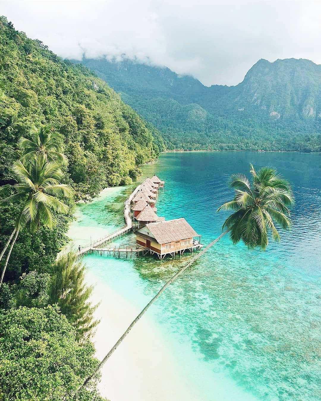 Keindahan Pantai Ora Maluku, Image From @ahmad_hasanela