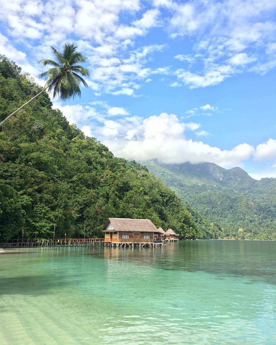 Pasir Putih di Pantai Ora Maluku, Image From @febryranger