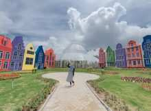 Berbagai Bangunan Warna-warni di Florawisata San Terra, Image From @rizkaalivia
