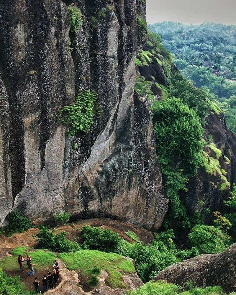 Jalur Pendakian Gunung Api Purba Ngelanggeran Image From @alvin_jogja