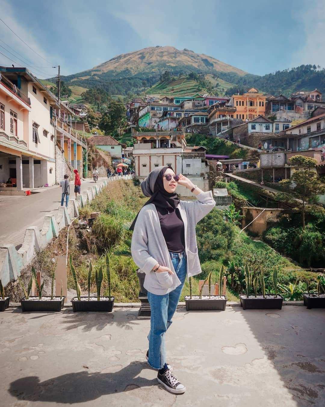 Berfoto di Nepal Van Java Magelang, Image From @nanang_adisusilo