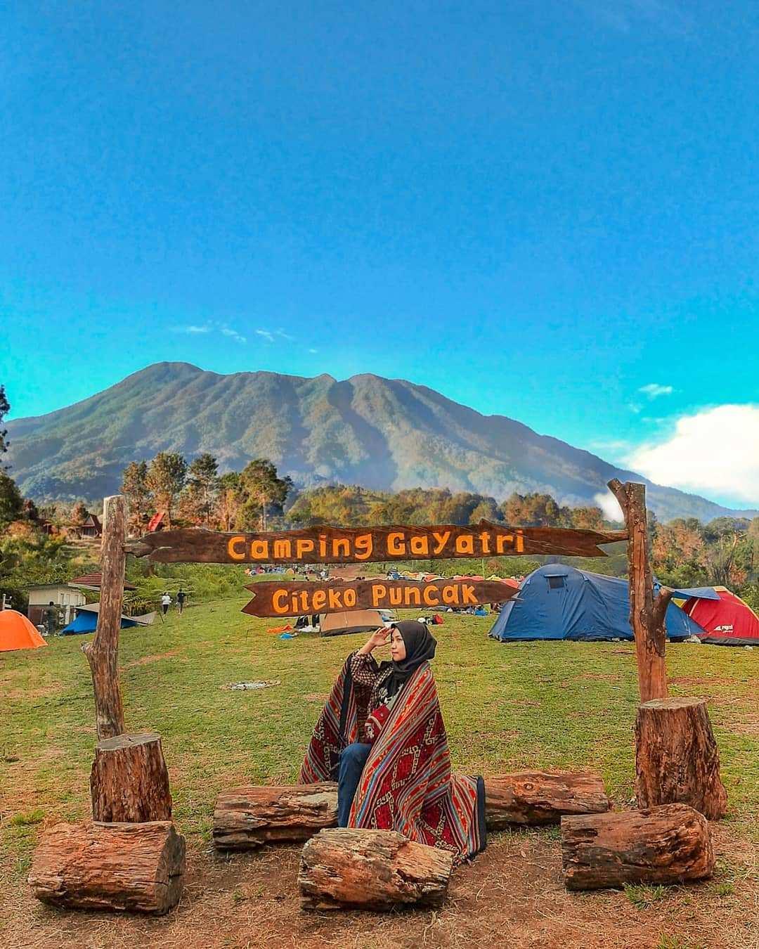 Berfoto di Camping Gayatri Citeko Puncak Bogor Image From @cahmitaaa