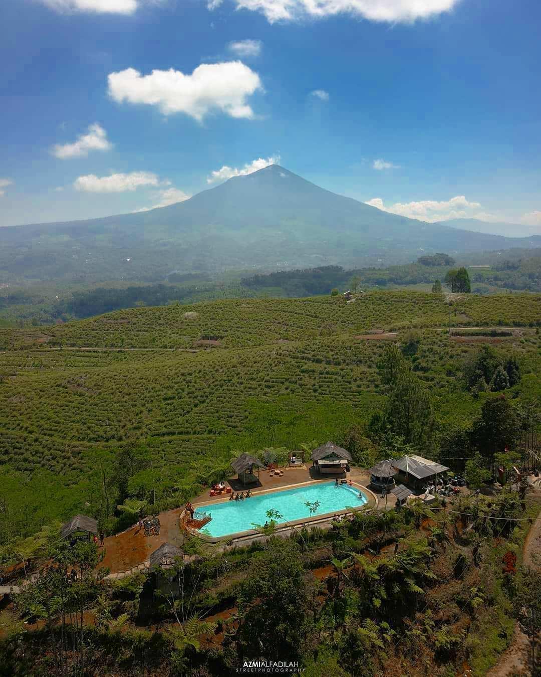 Bukit Kacapi di Lihat Dari Atas, Image From @azmialfadilah
