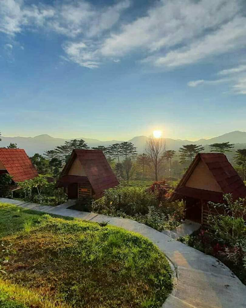 Glamping di Gayatri Mountain Adventure, Image From @kosall