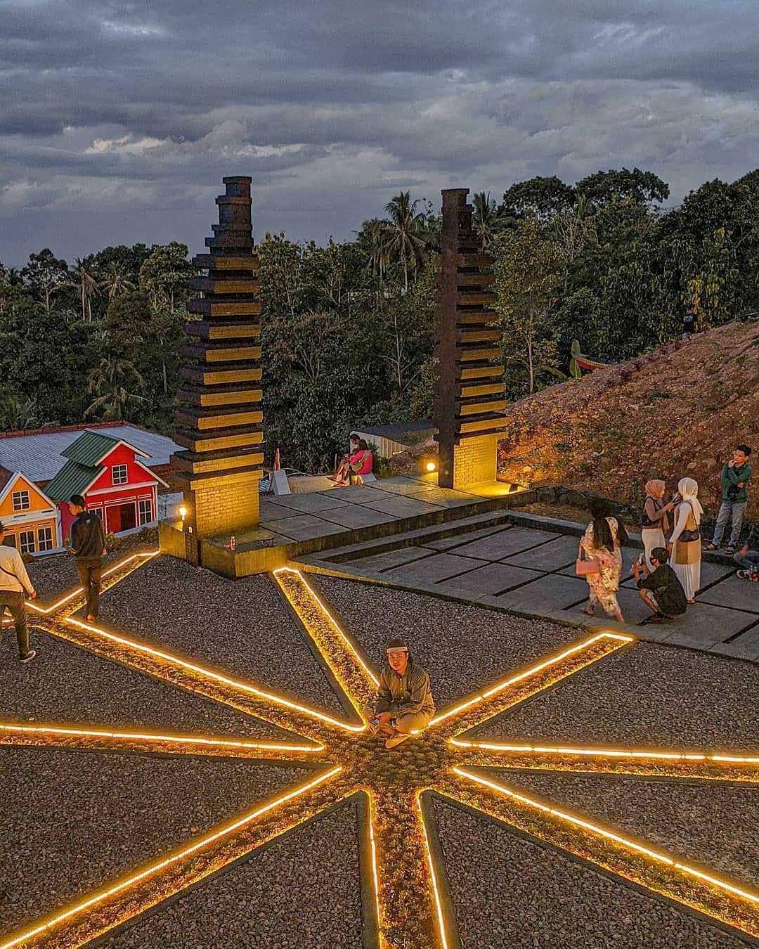 Lampu-Lampu LED di Lengkung Langit Lampung, Image From @fajarvadawi