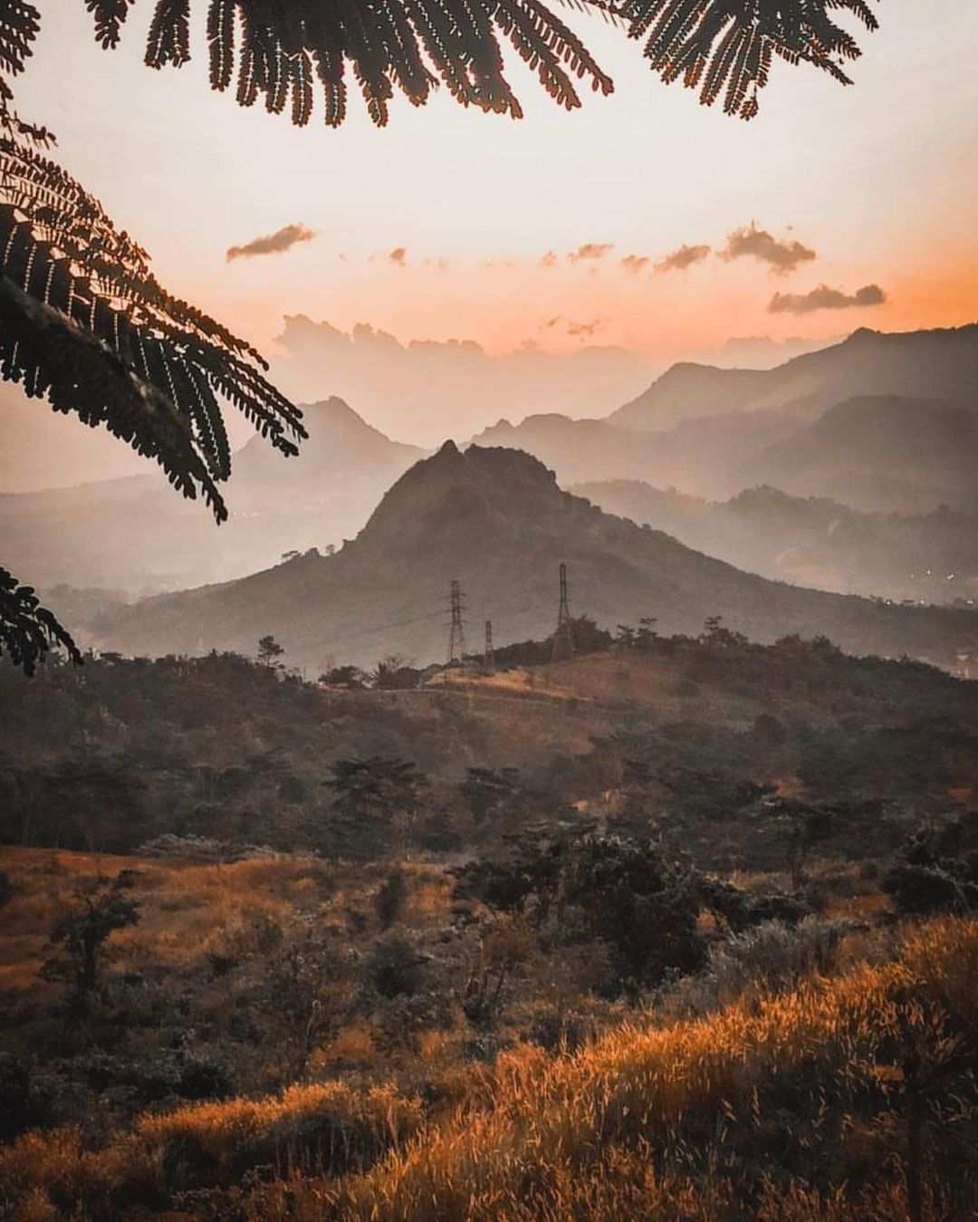 Pemandangan di Hidden Valley Hills Purwakarta Image From @why_ajie