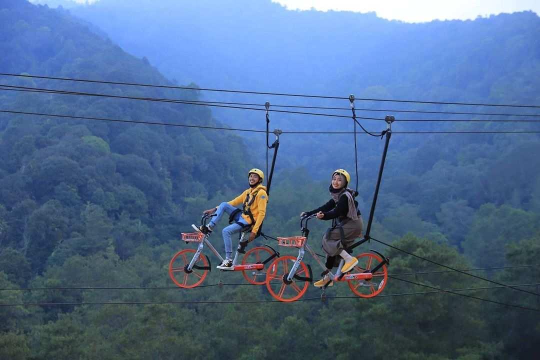 Sky Bike di Wisata Alam Sevilage, Image From @aditya1604real