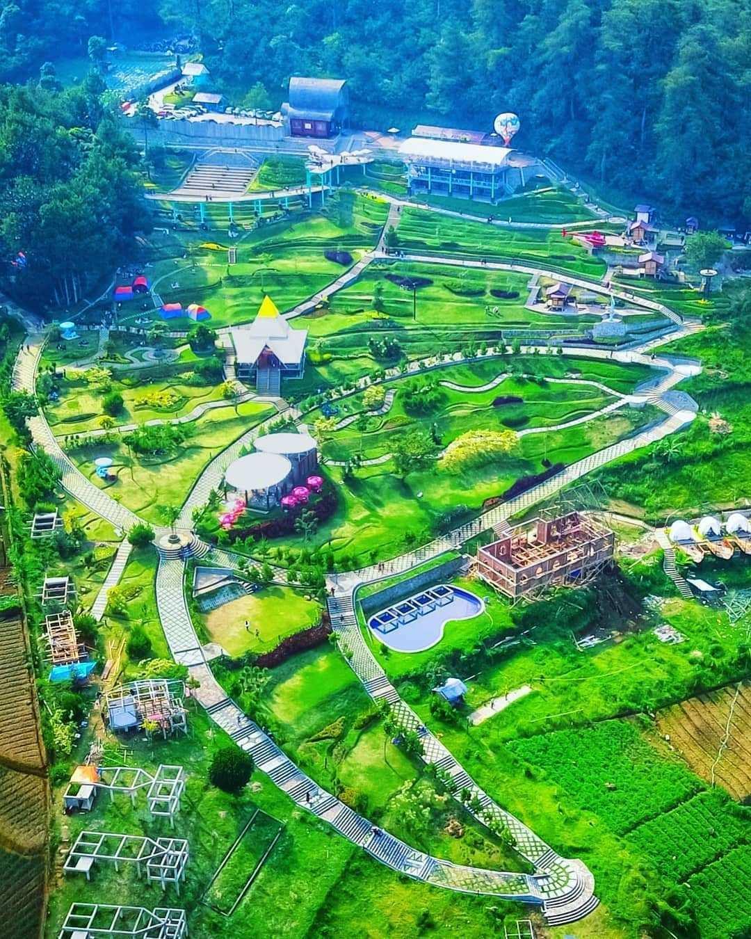 Wisata Alam Sevilage Dilihat Dari Atas, Image From @tedirachman