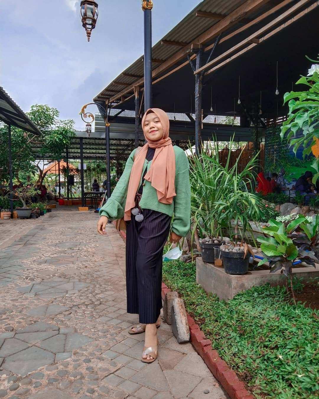 Berfoto di Djaja Cafe Pasuruan Image From @alfimaulidia