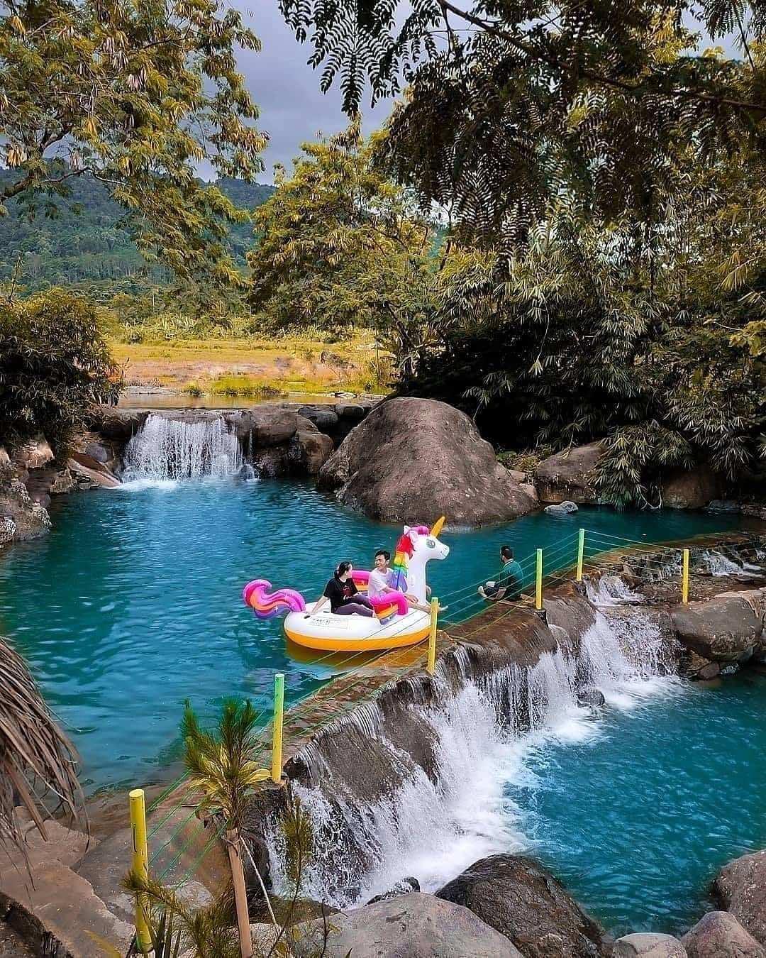 Bermain Air di Leuwi Pangaduan Bojong Koneng Bogor Image From @dityafi