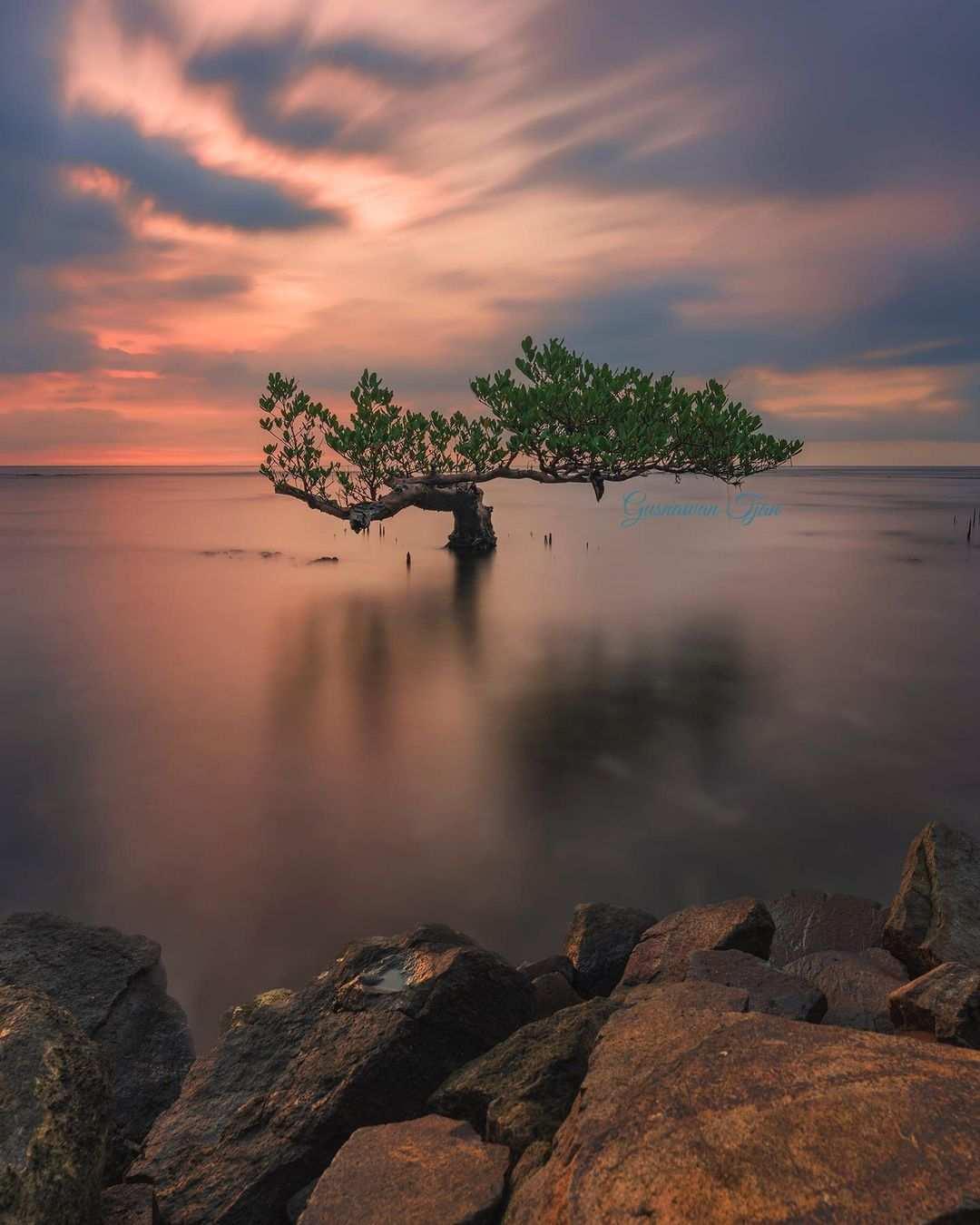 Keindahan Pantai Carita Banten, Image From @gusnawantjan