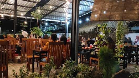 Suasana di Cafe Djaja Pasuruan Image From @GoogleMaps