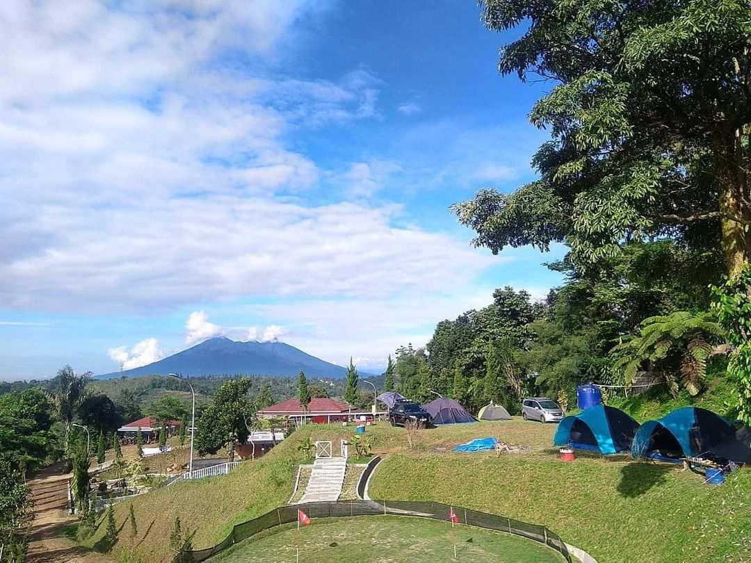 Suasana di Palemboko Sentul Farm Field Bogor Image From @palemboko_sentul