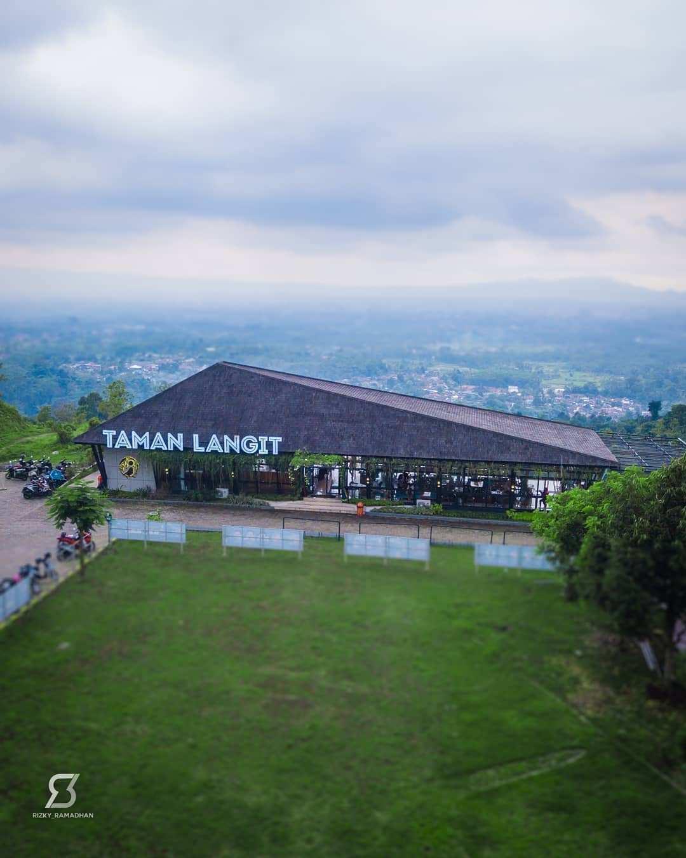 Taman Langit Cafe Purwokerto Dilihat Dari Atas Image From @rizky_ramadhan
