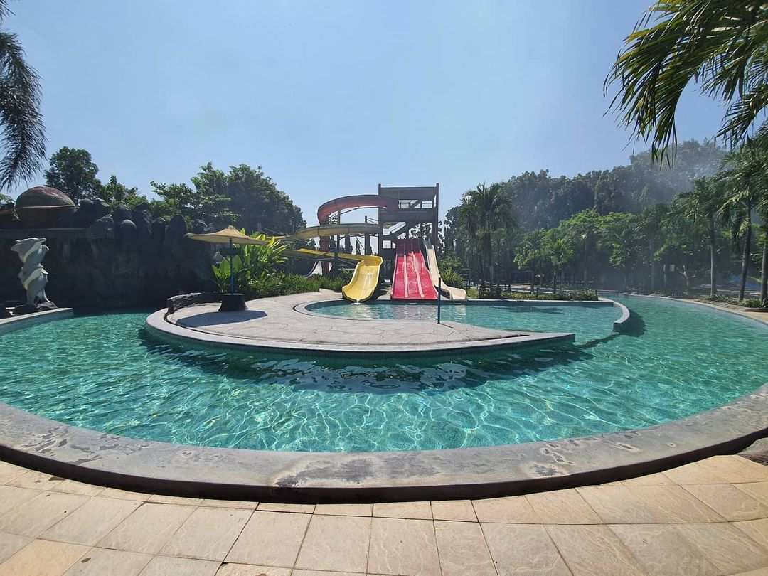 Perosotan di Planet Waterboom Subang, Image From @planetwaterboom