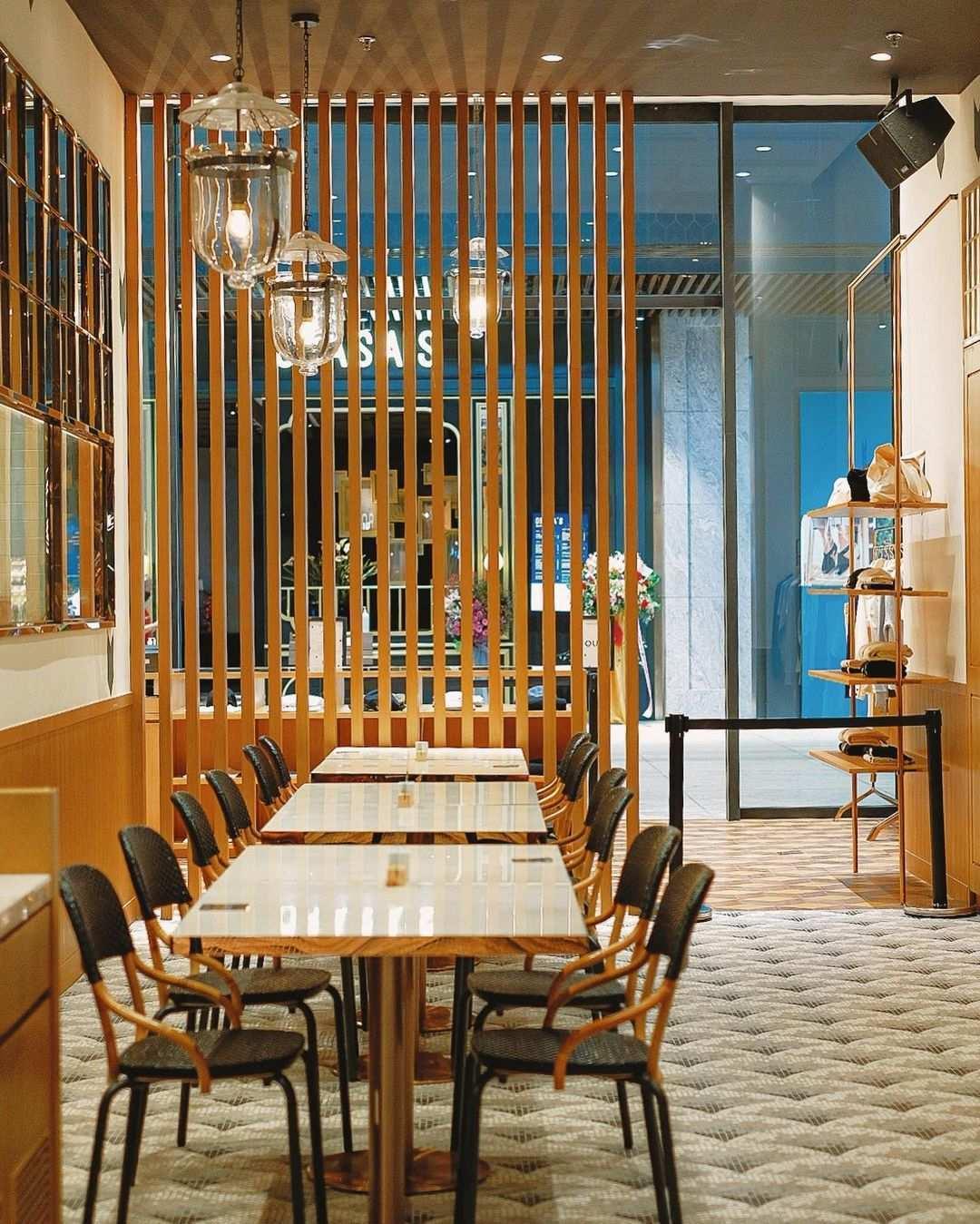 Spot Tempat di Cafe Kitsune SCBD Image From @echasyahrir