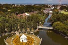 Taman Sari Gunongan Aceh Dilihat Dari Atas Image From @egreebrew 270x180