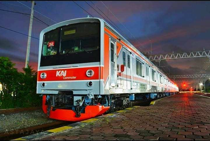 Tampilan KRL Jogja Solo Image From @revan_railfans15