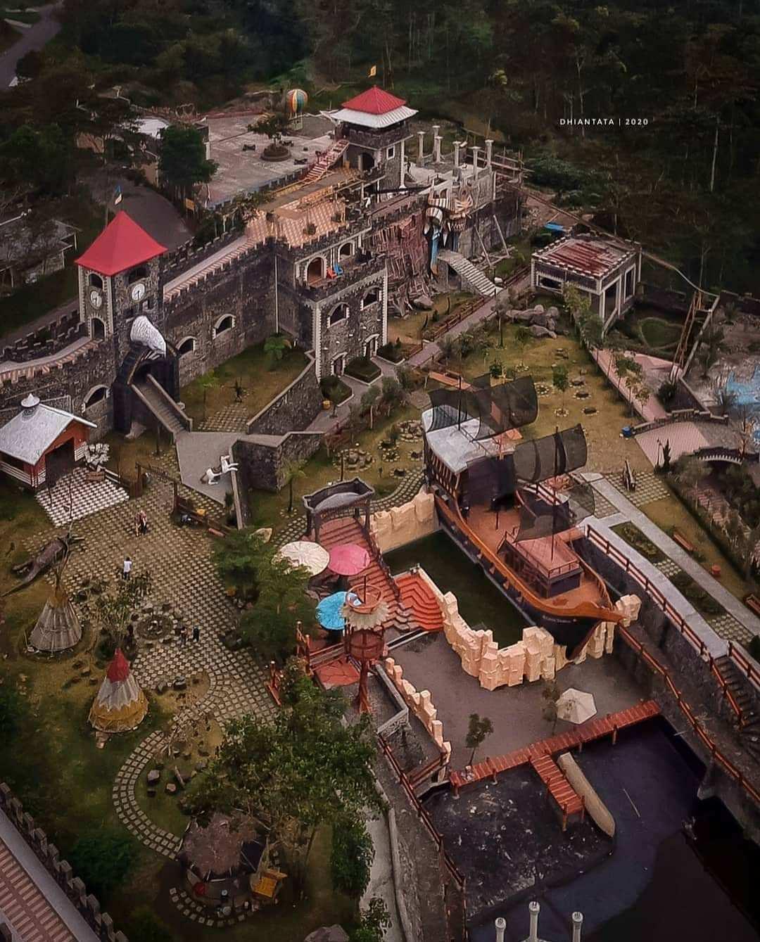 The Lost World Castle Jogja Dilihat Dari Atas Image From @dhian_hardjodisastro
