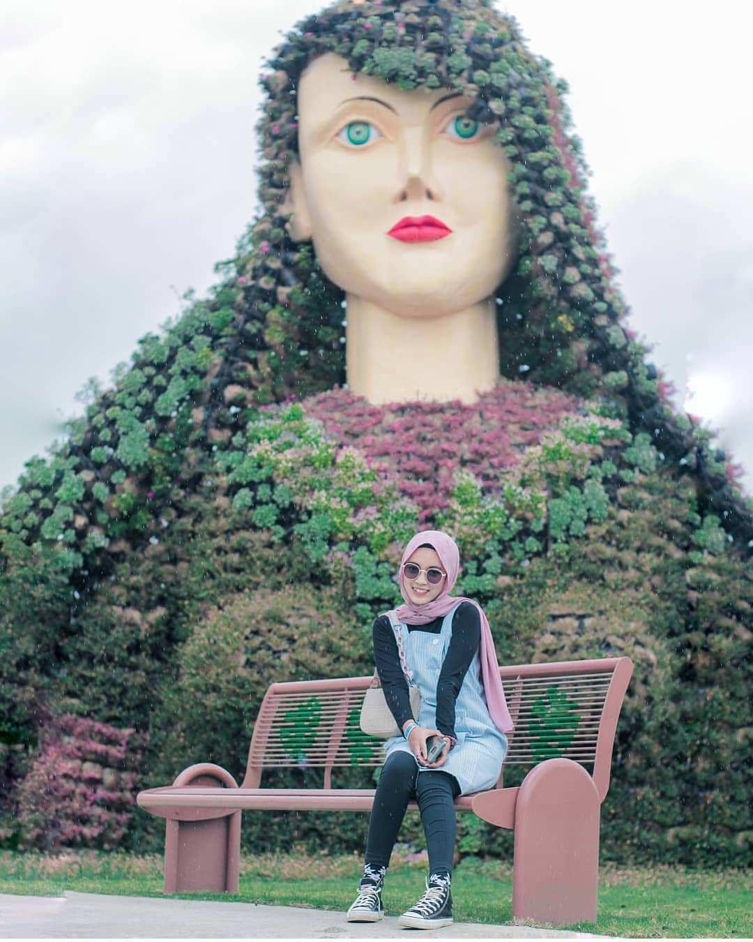 Bunga Berbentuk Puteri di Batu Love Garden Jawa Timur Image From @dewipoel