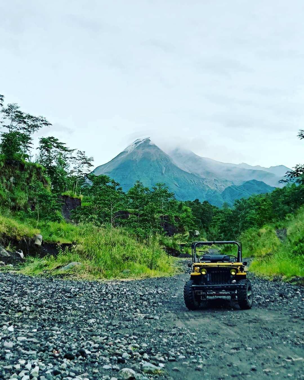Jeep Lava Tour Merapi di Nira Camper Village Jogja Image From @niraexperience
