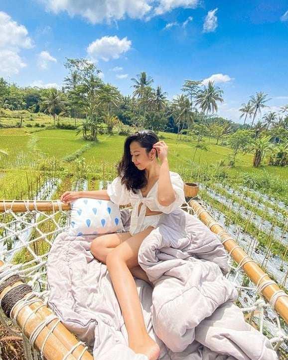 Menikmati Pemandangan di Nira Camper Village Image From @ardestourindonesia