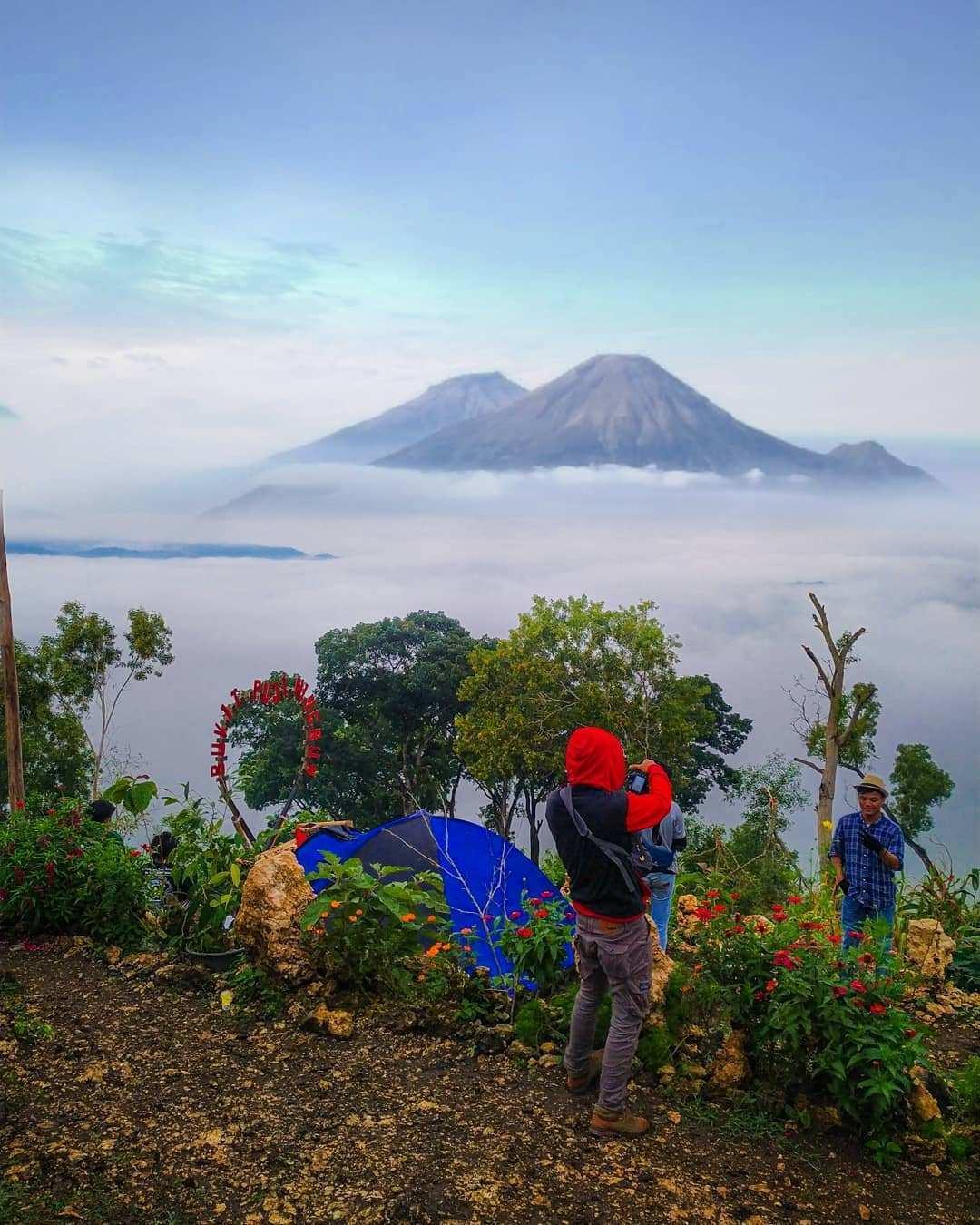 Pemandangan di Bukit Puji Ningrum Image From @heru_montana