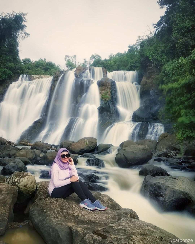 Berfoto Di Curug Malela Bandung Image From @aknesta