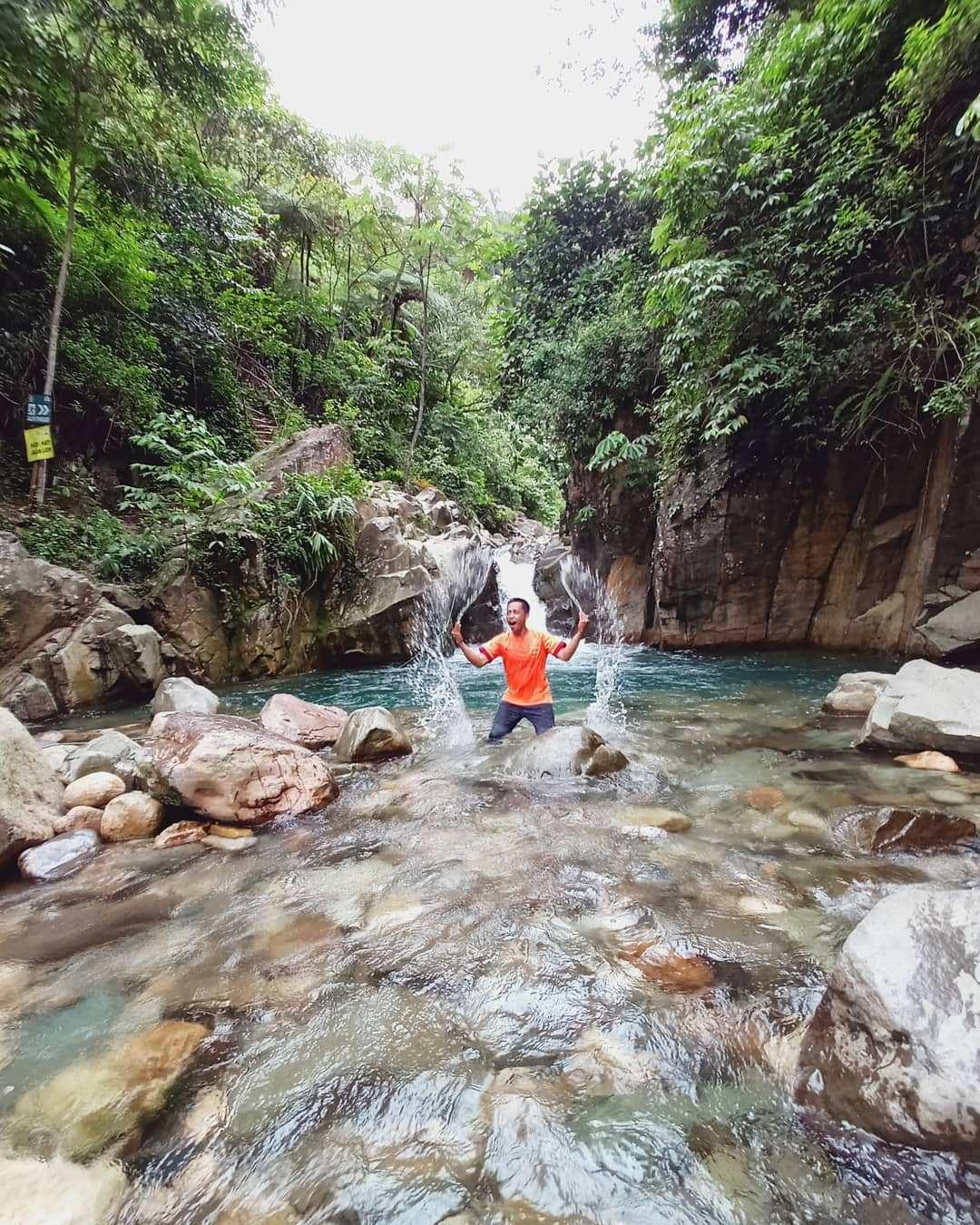 Bermain Air di Leuwi Cepet bogor Image From @guide_sentul