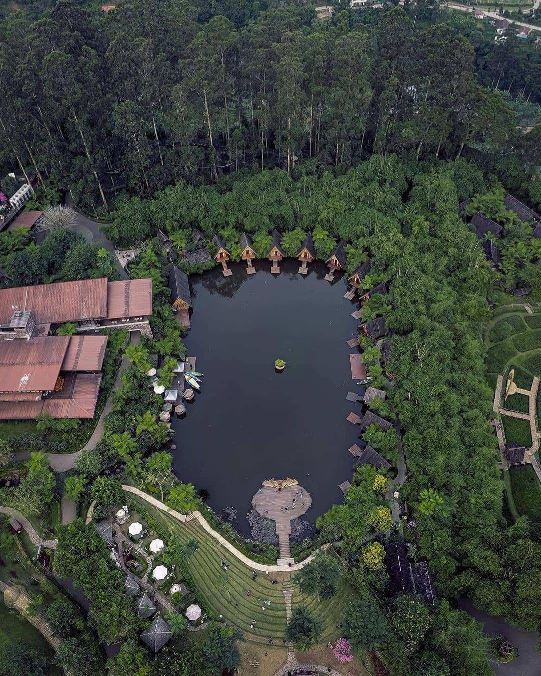 Dusun Bambu Lembang di Lihat Dari Atas Image From @gustiana.x