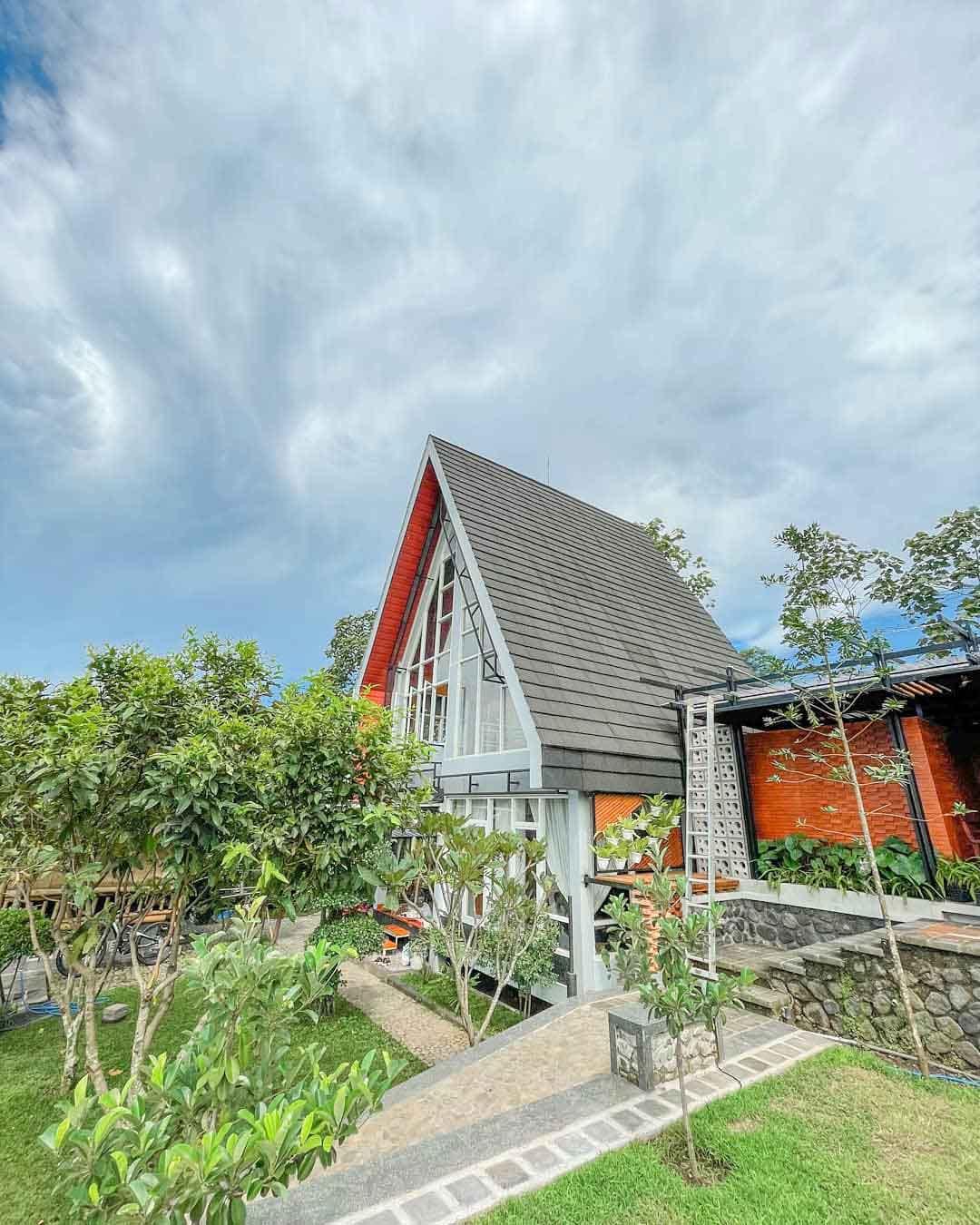 Bangunan Minimalis Di Kanvill Dau Malang Image From @kanvill_dau