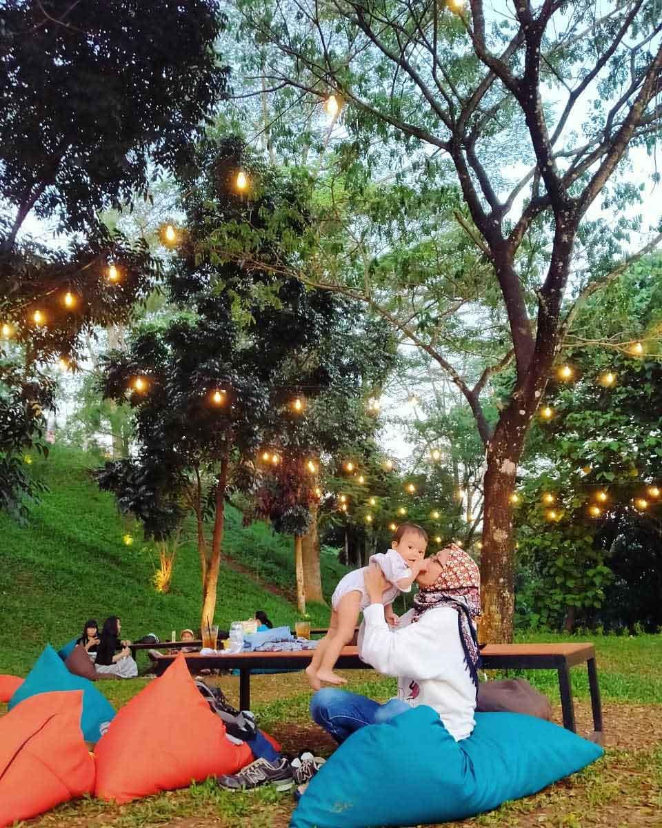 Menikmati Quality Time di Paradesa Park Cibinong Image From @didieducks