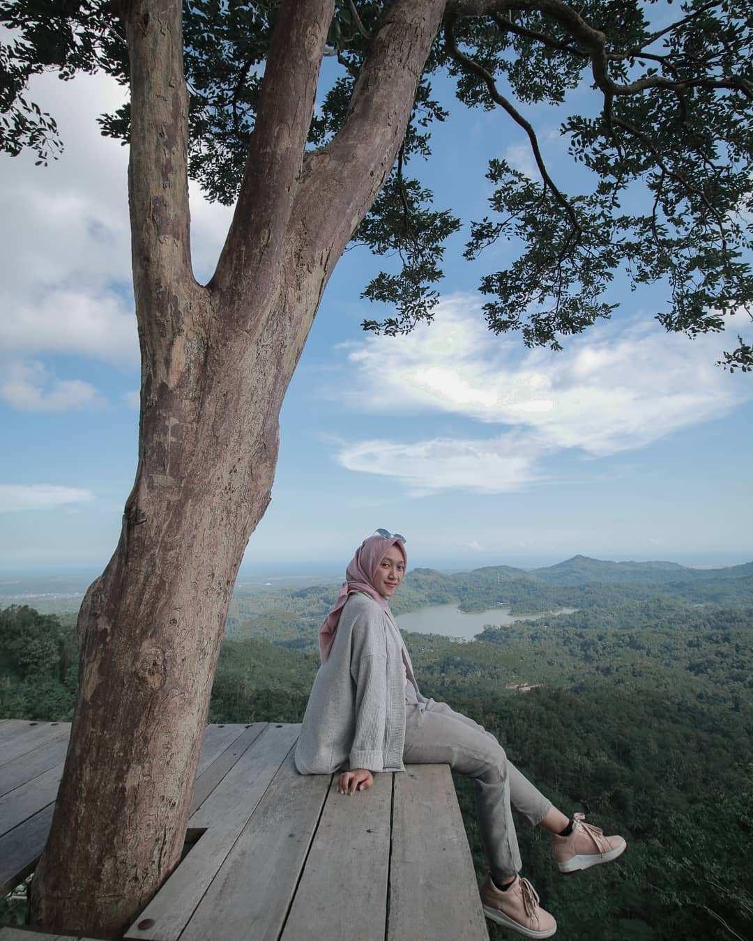 Spot Foto Di Bukit Pulepayung Kulonprogo Image From @sayyidatunnisa98