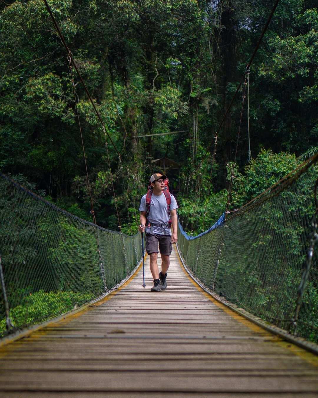 Tracking di Jembatan Gantung Situ Gunung Sukabumi Image From @trianasarir