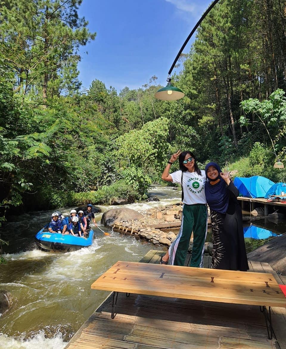 Berfoto Di Pineus Tilu Camping Image From @pineustilu